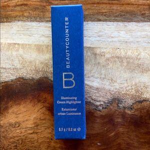 NIB Beautycounter Illuminating Cream Highlighter